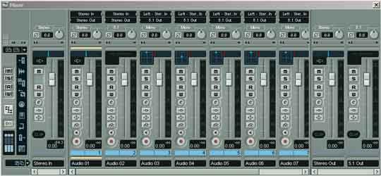 De mixer van Nuendo ziet er indrukwekkend uit.