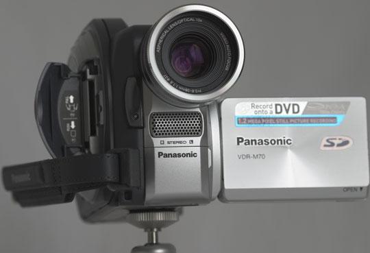 Eenvoudige montages kunnen op de camera worden uitgevoerd.