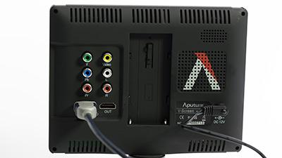 dslr-monitoren-aputure-vs3-aansluitingen